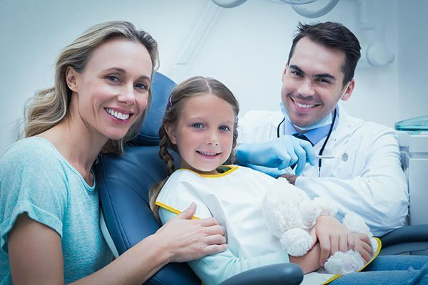 Helpful Tips To Find The Best Dentist